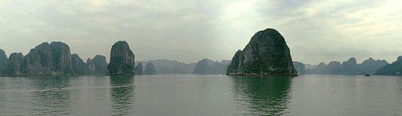 1000px HaLongBayBIG 570x165 - Kinh nghiệm ăn uống và sử dụng dịch vụ tại Hạ Long